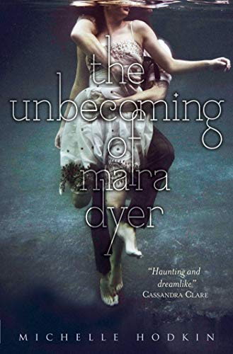 9780857073631: Unbecoming of Mara Dyer