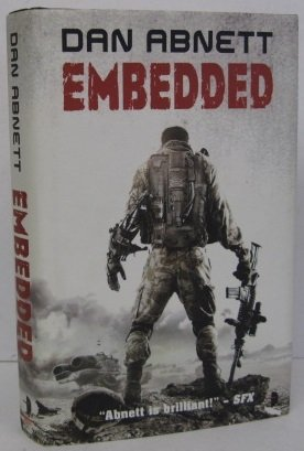9780857661524: Embedded (Angry Robot)