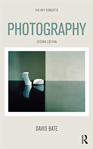 9780857854926: Photography: The Key Concepts