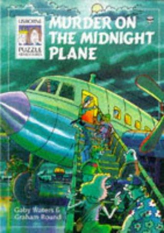 Murder on the Midnight Plane (Usborne Solve: Waters, Gaby