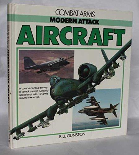9780861014514: Modern Attack Aircraft (Combat Arms)
