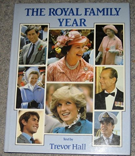 9780861367450: THE ROYAL FAMILY YEAR