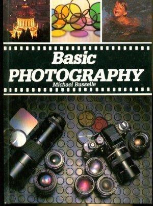 9780861782697: BASIC PHOTOGRAPHY