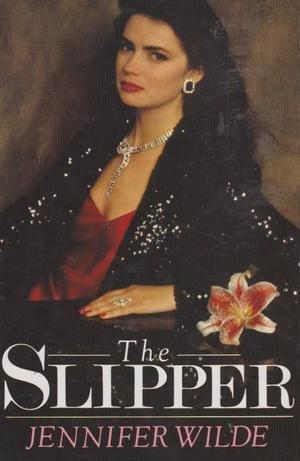 9780861887477: The Slipper