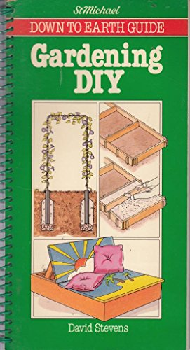 9780862730086: Gardening DIY (D-I-Y) - St Michael Down to Earth Guide