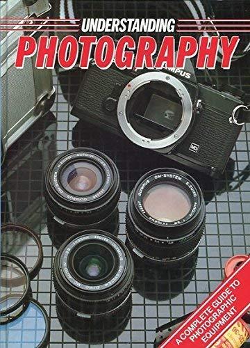 9780863074417: Understanding Photography