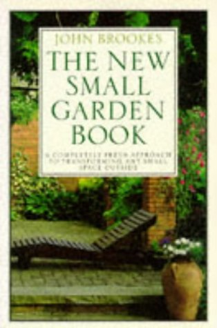 9780863187414: NEW SMALL GARDEN BOOK (PB)