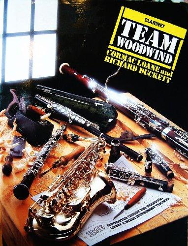 9780863597831: Clarinet (Team Woodwind)