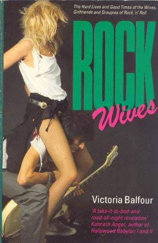 9780863691720: Rock Wives