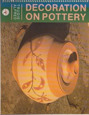 9780864172167: Decoration on Pottery