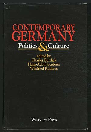 9780865314436: Contemporary Germany: Politics And Culture