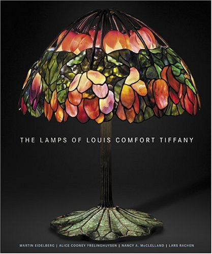 9780865651630: The Lamps Of Louis Comfort Tiffany