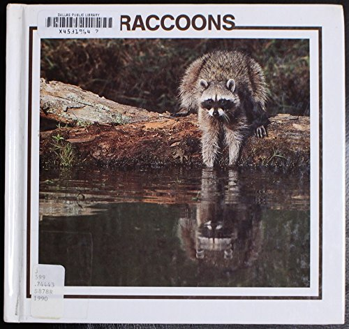 9780865930452: Raccoons (North American Animal Discovery Library)