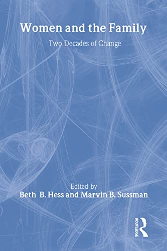 9780866562928: Women and the Family: Two Decades of Change