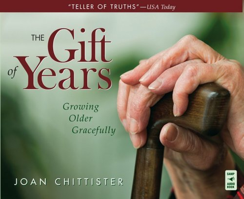 9780867169317: The Gift of Years: Growing Older Gracefully
