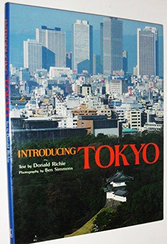 9780870118067: Introducing Tokyo
