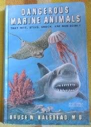 9780870332685: Dangerous Marine Animals