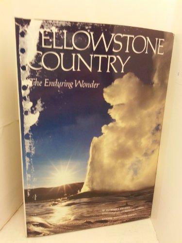 9780870447136: Yellowstone Country [Idioma Inglés]