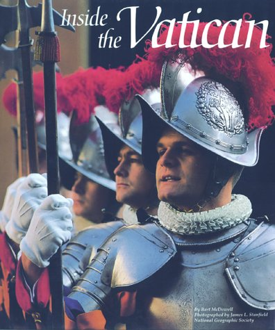 9780870448577: Inside the Vatican