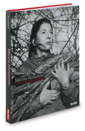 9780870707476: Marina Abramovic: The Artist is Present