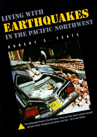 9780870714375: Living With Earthquakes in the Pacific Northwest