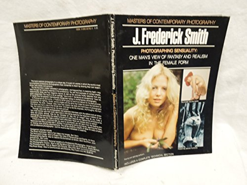 9780871000927: Photographing Sensuality