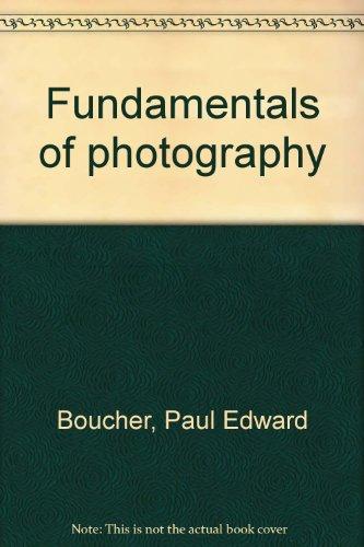 9780871001405: Fundamentals of photography
