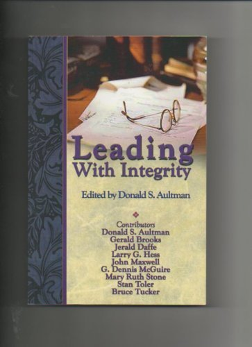 9780871480651: Leading with Integrity
