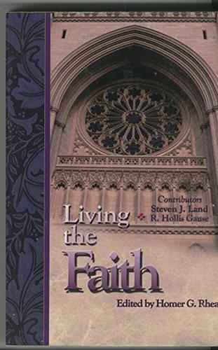 9780871485403: Living the Faith