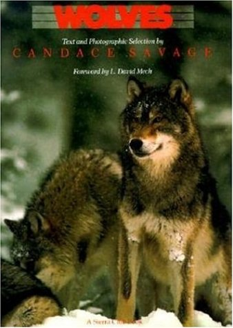 Wolves by Voyageur Press Editor