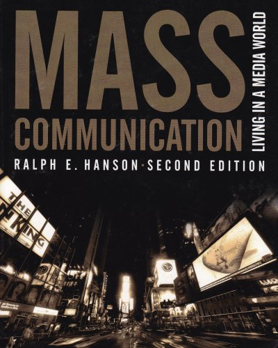 9780872894846: Mass Communication: Living in a Media World, 2nd Edition