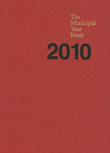 9780873261890: The Municipal Year Book