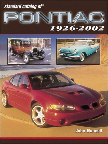 9780873492638: Standard Catalog of Pontiac 1926-2002