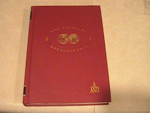 9780873921961: New Standard Encyclopedia