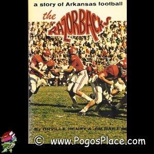 9780873970242: The Razorbacks: A Story of Arkansas Football