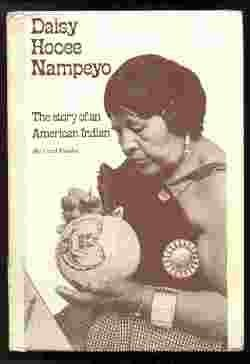 9780875181417: Daisy Hooee Nampeyo (The Story of an American Indian)