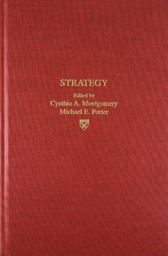 9780875842431: Strategy: Seeking and Securing Competitive Advantage (Harvard Business Review Book)