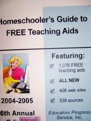 9780877084105: Homeschoolers Guide to Free Teaching AIDS