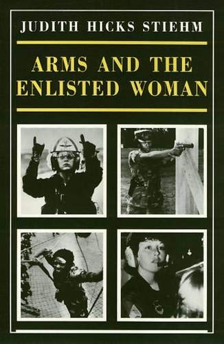 9780877225652: Arms And The Enlisted Woman