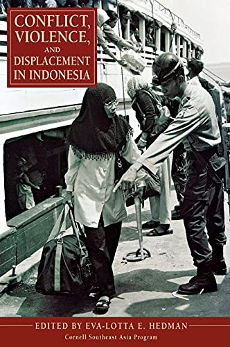 9780877277750: Conflict, Violence, and Displacement in Indonesia (Studies on Southeast Asia)