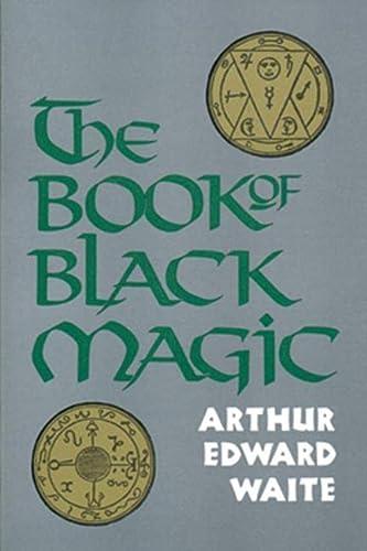 9780877282075: The Book of Black Magic