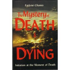 9780877286752: The Mystery of Death & Dying: Initiation at the Moment of Death