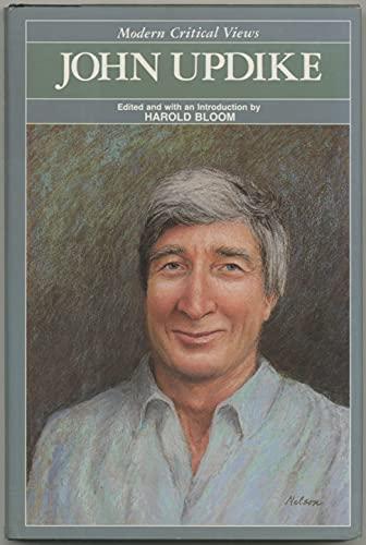 9780877547174: John Updike (Bloom's Modern Critical Views)