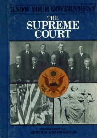 9780877548256: The Supreme Court (Know Your Government)