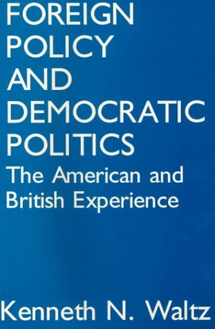 9780877723363: Foreign Policy and Democratic Politics