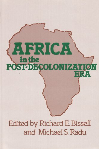 9780878554966: Africa in the Post-Decolonization Era