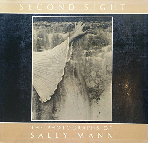 9780879234713: Second Sight : The Photographs of Sally Mann (Contemporary Photographers Series, No 4)