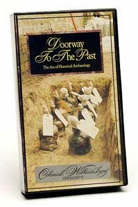9780879351380: Doorway to the Past The Art of Historical Archaeology Colonial Williamsburg
