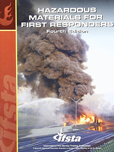 9780879393892: Hazardous Materials for First Responders