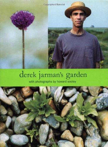 9780879516413: Derek Jarman's Garden